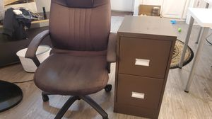 filing cabinet and office chair for Sale in Los Angeles, CA