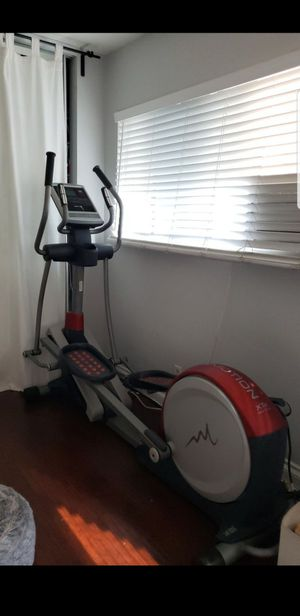 Space Saving Freemotion Elliptical exercise machine for Sale in Fullerton, CA