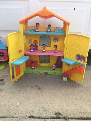 Dora Playhouse with Figurines for Sale in Norwalk, CA