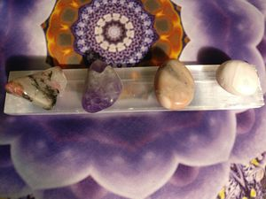 Self love and healing crystal set gemmy rhodonite, amethyst, pink opal, pink mangano calcite for Sale in Olympia, WA