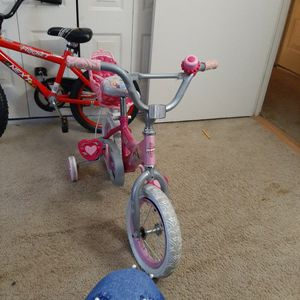 Girls Bike Good Condion for Sale in Silver Spring, MD