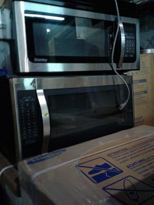 Brand new microwave excellent condition for Sale in Baltimore, MD