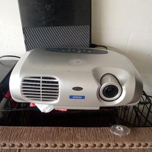 Epson Projector.. for Sale in Brandon, FL