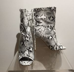 Fashion Nova Snakeskin Booties (SZ 9) for Sale in Washington, DC