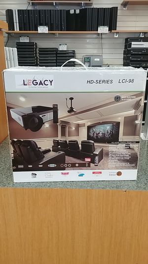 Legacy HD-Series LCI-98 Projector for Sale in Akron, OH
