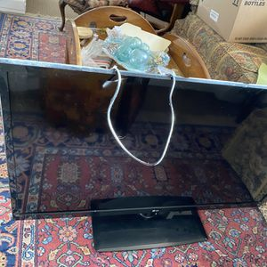 """Large Flatscreen 50"""" FREE for Sale in Prineville, OR"""