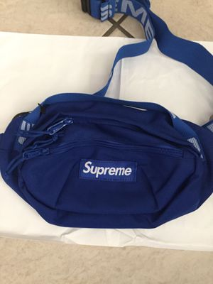 Supreme SS18 Bag for Sale in Ontario, CA