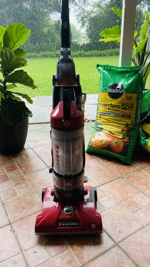 Vacuum hoover for Sale in Miami, FL