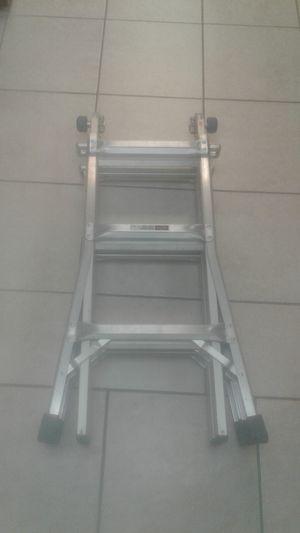 Werner MT-13 300LB 13ft Ladder for Sale in Davie, FL