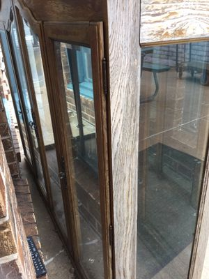 Old China cabinet Free pick put ASAP for Sale in Wichita, KS