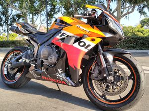 ////////////////////2008 HONDA CBR 600RR IN EXCELLENT COND LOW MILES FOR SALE\\\\\\\\\\\\\\\\\\ for Sale in Lake Forest, CA