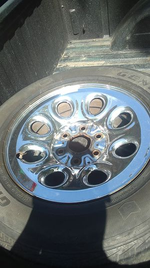 One Chevy chrome stock rim for Sale in Houston, TX