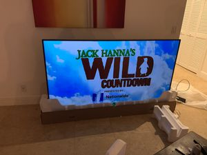 75' Samsung Flat Screen Smart TV for Sale in Coral Springs, FL