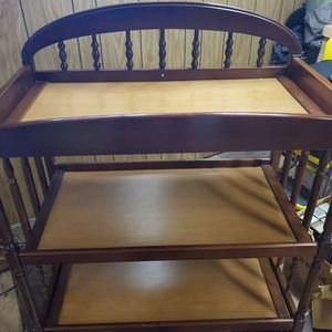 CHANGING TABLE OR TABLE SHELF FOR ANYTHING for Sale in St. Clair Shores, MI