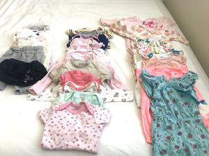 Free baby clothes for Sale in Dundee, OR