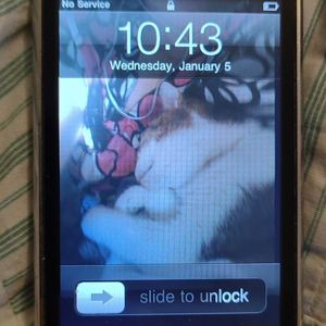 2007 iPhone ( First iPhone) for Sale in Lexington, KY