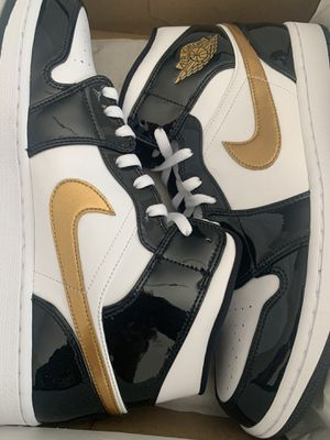 Air Jordan Mid 1's for Sale in New Orleans, LA