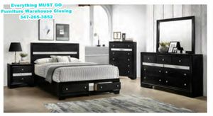 B nubbb Must Go. Bedroom Sets for Sale in Queens, NY