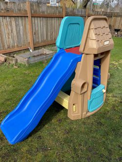 Fisher Price Play Structure/ Playhouse/Slide for Sale in Vancouver,  WA