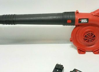20v Black And Decker Leaf/Grass Blower./20v Lithium Battery/Charger. Works Great. for Sale in San Antonio,  TX