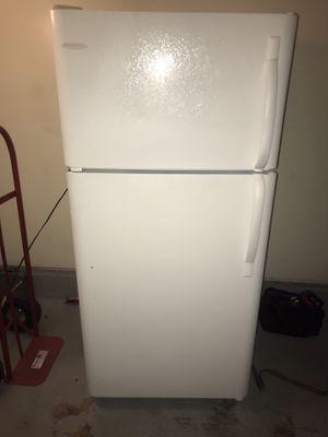 Refrigerator frigidaire for Sale in Virginia Beach, VA