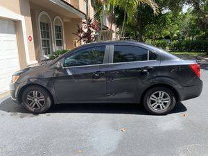 Chevy sonic 2014 for Sale in Miramar, FL