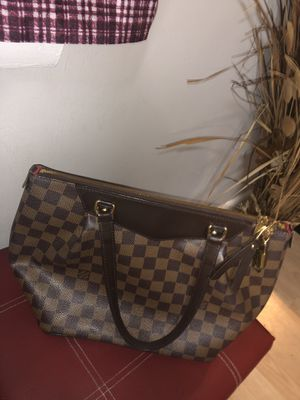 Louis Vuitton bag New 2018 for Sale in New Cumberland, PA