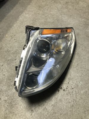 04-06 Nissan Maxima OEM Headlight Right Side for Sale in San Pablo, CA