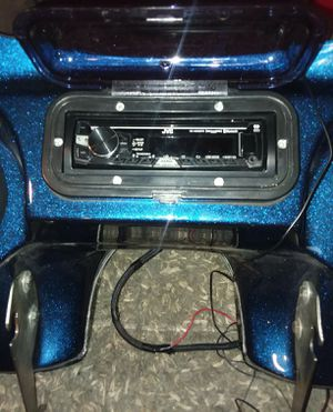 Quick release Harley Davidson Fairing with radio and speakers for Sale in Wood Dale, IL