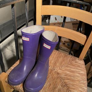 Hunter Rain Boots Size 1F 13M KidsKids By ih for Sale in Seattle, WA