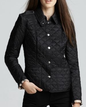 Burberry Women's Quilted Snap Jacket for Sale in Clinton, WA
