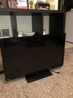 32 inch Toshiba flat screen HDTV for Sale in Pittsburgh, PA