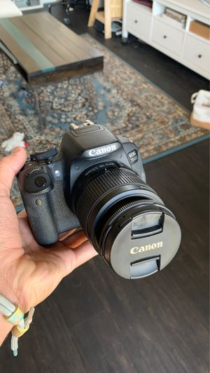 Canon 700d (t5i) with 3 lenses for Sale in West Hollywood, CA