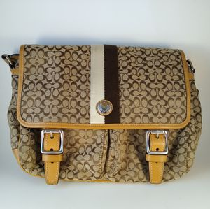 Coach Voyager Crossbody Messenger-Style Bag for Sale in Carson City, NV
