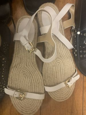 Michael kors sandals size 9 for Sale in Grayslake, IL