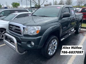 2010 TOYOTA TACOMA V6 PreRunner. / Take it to your house with SSN or Tax ID, Driver License and just $2000 / Llévatela a tu casa con tan solo el Soci for Sale in Buford, GA