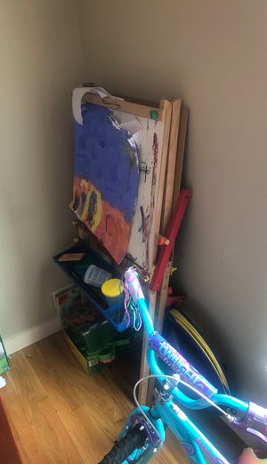 Child's painting easel for Sale in Nashville, TN
