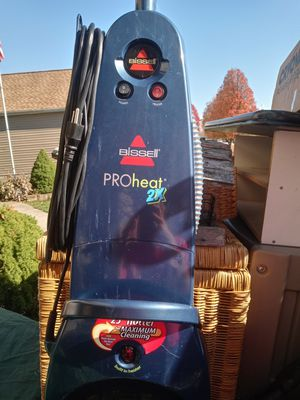 BISSELL PROHEAT 2X CARPET CLEANER. for Sale in Whitehall, OH
