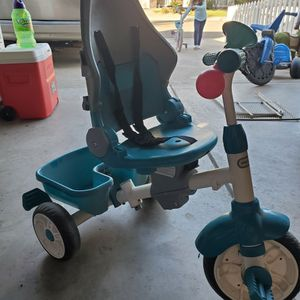 Little Tikes Tricycle. for Sale in Fresno, CA