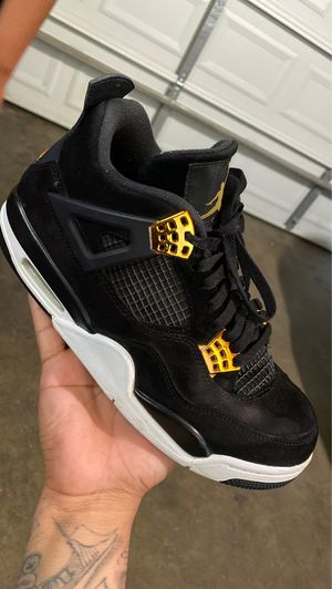 Jordan 4s royalties 8/10 condition Sz 8 1/2 for Sale in East Los Angeles, CA