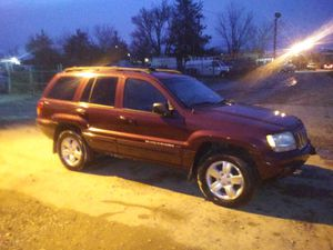 2001 Jeep Grand Cherokee Limited v8 120k miles runs and drives!!! for Sale in Temple Hills, MD