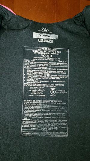 Never used kids life vests for Sale in Homeland, CA