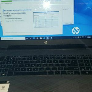 Touchscreen HP Laptop With SSD Hard Drive With Over $1000 In Software for Sale in Fort Lauderdale, FL