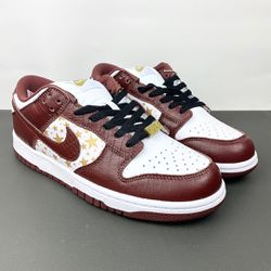 Nike Sb Dunk Low Supreme Stars Barkroot Brown @5 for Sale in Philadelphia,  PA