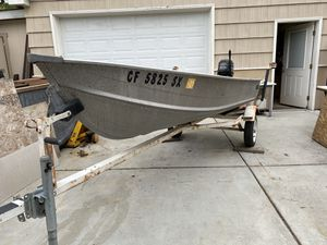 Aluminum Boat 12ft w/motor & trailer $1300 for Sale in San Diego, CA