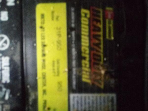 Heavy duty top post battery GOOD