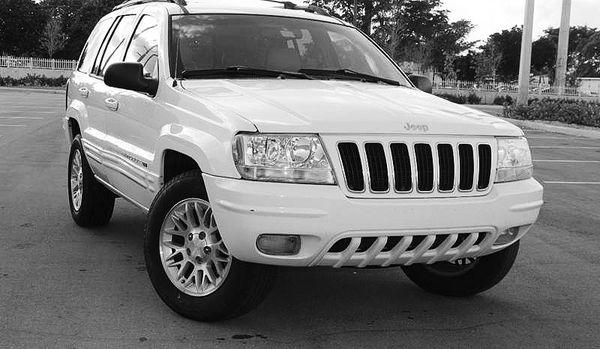 Automatic O4 Jeep SUV Grand Cherokee 4WDWheels