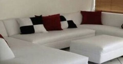 Modern Furniture Sectional Couch for Sale in Miami Springs,  FL