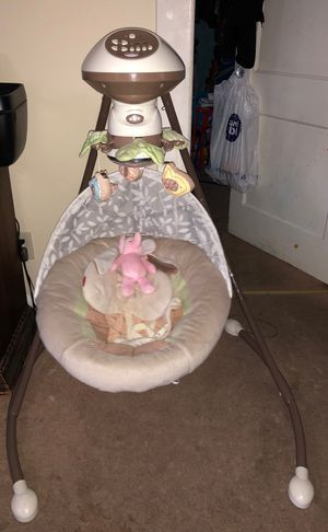 Fisher price swing for baby for Sale in Linden, NJ