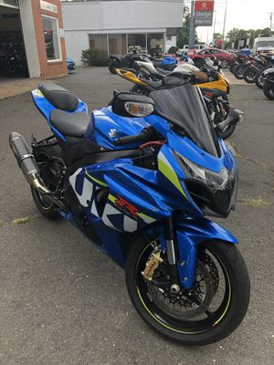 2015 Suzuki 4,500 miles Asking 10,500 has commander is 1000 cc for Sale in Yalesville, CT